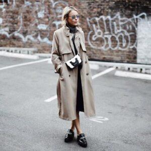 ミニマリストの服はモノトーン+ベージュ